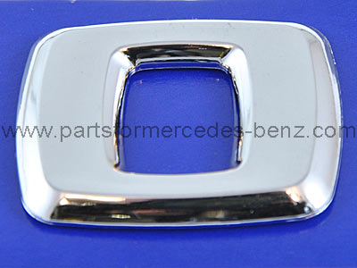 Mercedes Body/Tail gate badge. Number 0